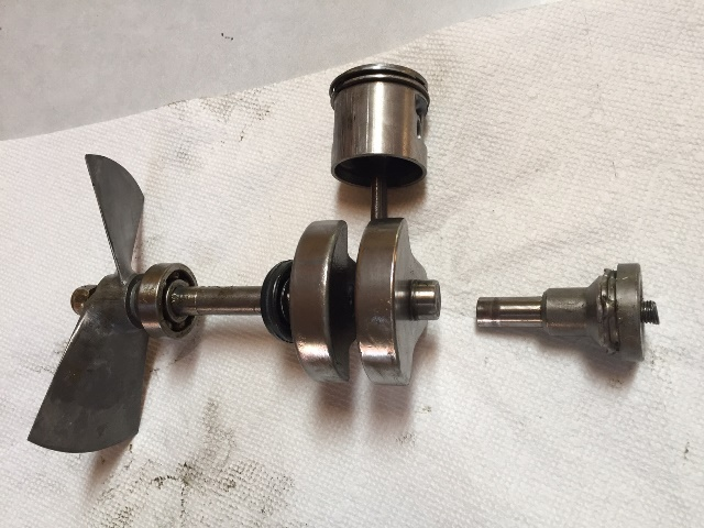 Broken Crankshaft1.jpg